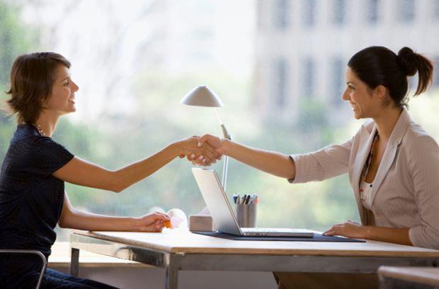 Женщина в продажах преуспевают больше чем мужчины женщины менеджеры по продажам